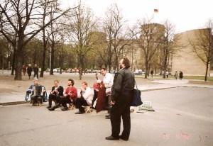 Muro de Berlim, Queda, Viagem 1992 - Foto Nathalia Molina @ComoViaja (3)